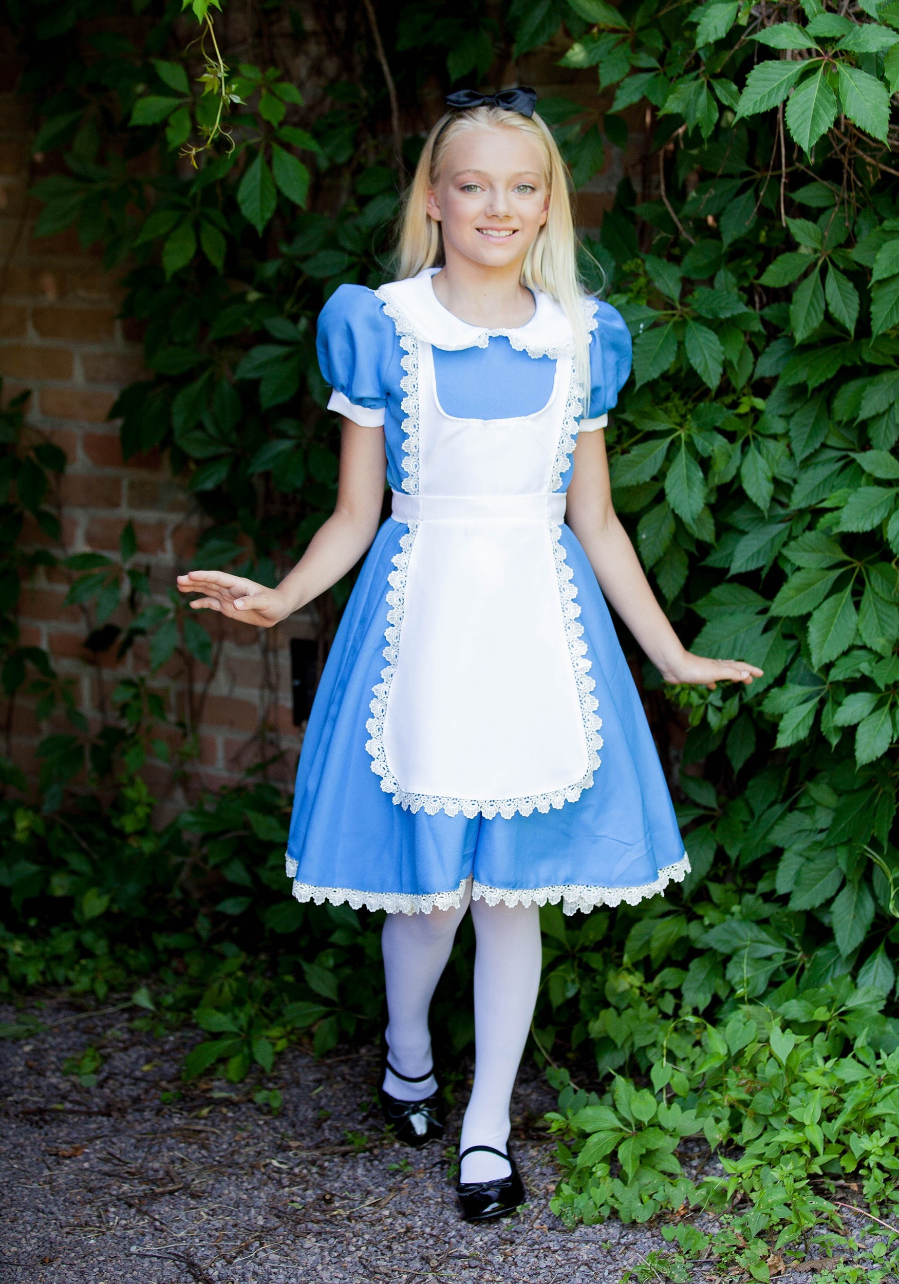 Supreme Alice Costume