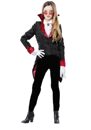 Girl's Dashing Vampiress