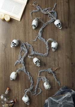 Skull Garland Prop