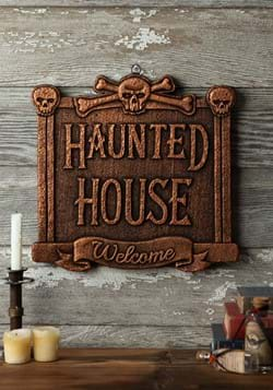 13 Haunted House Sign